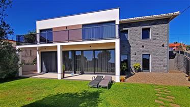 Modernes Luxushaus Calheta Madeira