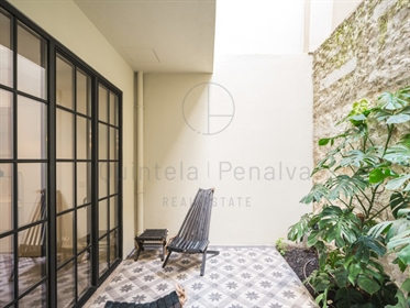 1 bedroom apartment with terrace for sale in Lapa, Lisbon