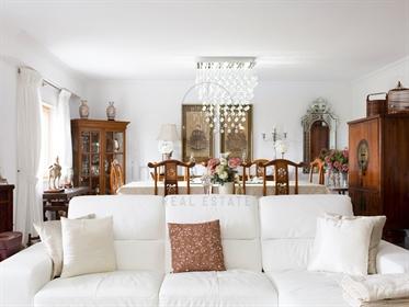 Apartamento duplex T5 com 190m2 para venda em Cascais - Cobr...