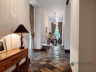 Propriété avec Maison de Maître et son parc à vendre aux portes de Bayonne.
