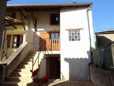 Ensemble deux maisons rénovées en pierre