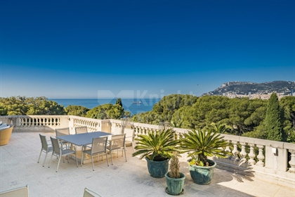 Outstanding apartment/villa in a Belle Epoque Residence in Roquebrune Cap Martin