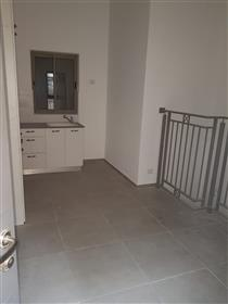 Beautiful two floors apartment in Nachlaot,
