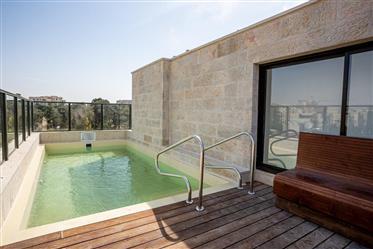 Magnifique appartement penthouse à Baka,