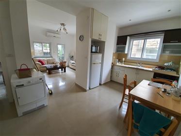 Bel appartement dans un endroit calme et central