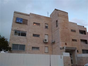 3 room apartment for sale in Pisgat Zeev