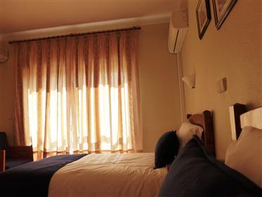 Hotel e restaurante, Portugal, Guarda, Almeida.