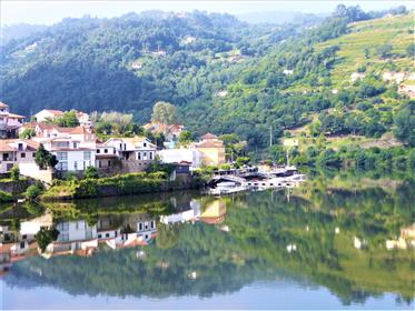 Mini Solar, small house, 10ha, Magical Landscape. Portugal, ...