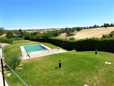 Tourisme rural 12 chambres. Portugal, Bragança, Miranda do Douro.