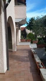 V 312019 villa mare Pietrasanta