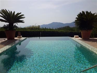 V 6517 villa lusso