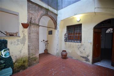 San Gimignano, appartement de caractére