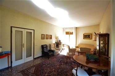 Wohnung: 165 m²
