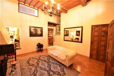 Florence, Oltrarno, appartement de prestige.