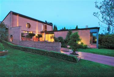 Lucca villa in stile moderno.