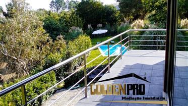Moradia de luxo T4 com piscina - Amarante