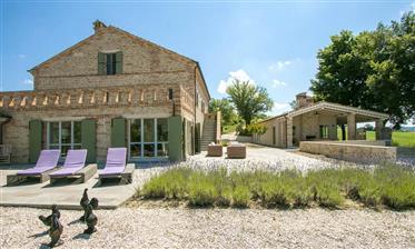 Dreamy House In Montelparo, Le Marche