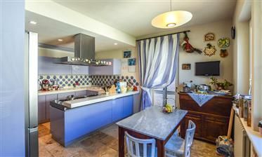 Villa de luxe avec vue imprenable sur la mer à Lapedona, Le Marche