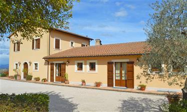 Agriturismo e B & B vicino a Montefalco, Umbria