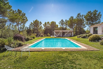 Close to Aix-en-Provence - Renovated house