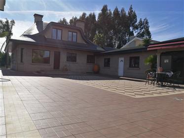 Villa - Moradia T5 - Aveiro