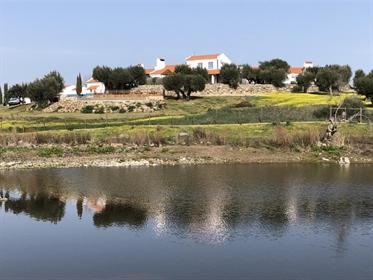 Herdade de 52 hectares com Turismo Rural