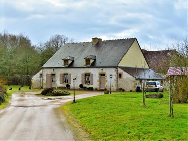 Nice property on 1ha45 of woods and meadow
