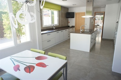 Casa: 200 m²