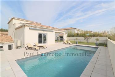 First line modern house in the Golf St Thomas, between Pezenas and Beziers