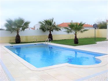 Fantástica moradia V3 isolada com piscina . Venha conhecer