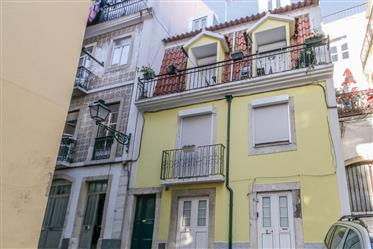 2-Bedroom apartment - Lisbon (Santa Catarina)