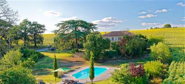 Restored Armagnac farm on over 4.5 hectares of land