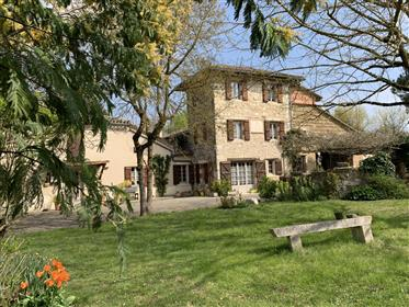 Country Farmhouse on 3.5 hectares