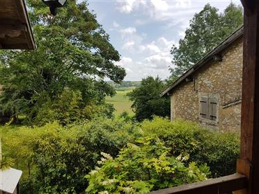 Landes, Maylis, Spacious Property with Pool & Outbuildings