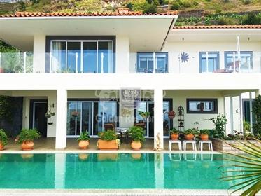 Casa T4 na Calheta, Ilha da Madeira