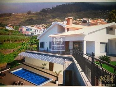 House T3 Arco da Calheta, Calheta (Madeira)