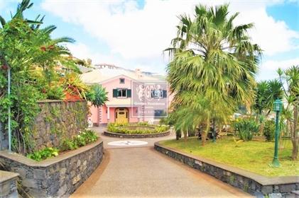 T5 Villa à Funchal