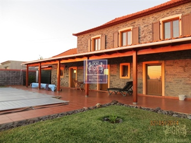 Maison T2 Prazeres, Calheta