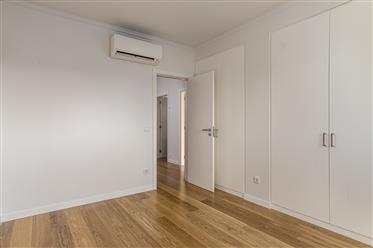 Vivenda: 195 m²