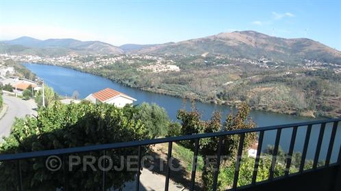Farm T3 Sell em Raiva, Pedorido e Paraíso,Castelo de Paiva