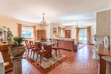 Detached house T4+1 Sell em Esmoriz,Ovar