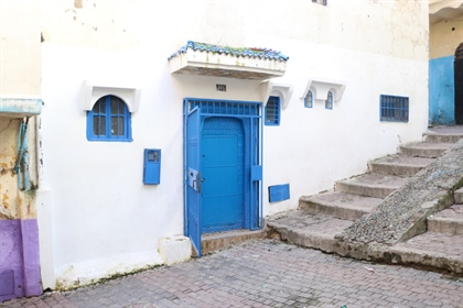 Charming well-located property with sea views in the Kasbah. The property is easy to access and has