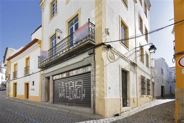 House In The  Historical Center -Évora-Portugal