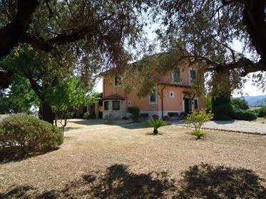Rustico/Casale/Corte di 220 m2 a Tarquinia