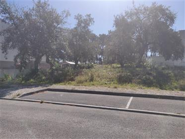 Plot for construction of detached villa near Sesimbra 10 minutes from the beach