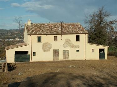 1146 Antico casale rurale