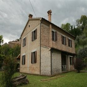 2066  Casa di campagna completamente ristrutturata