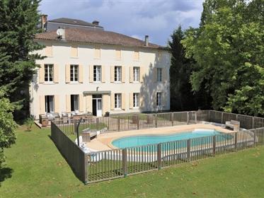 Period Maison de Maitre currently set up for tourism purposes with 4 large ensuite bedrooms, a prett
