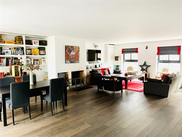 Boulogne center. Haussmann Prestige offers you this superb t...