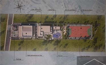 19-10-01-Vt Projet de construction d'un centre de loisirs et d'une salle de fête - Land 3895 m²